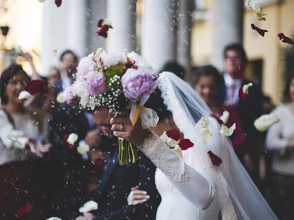 チャペルの結婚式