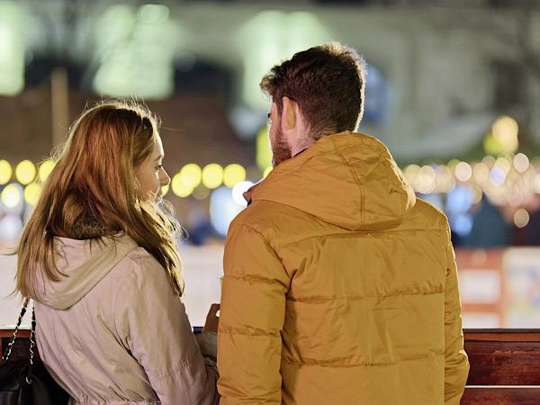 夜景と恋人たち